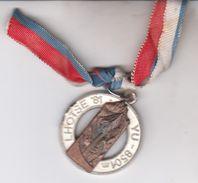 SLOVENIJA ) LHOTSE   Expedition   8501  M - Badges