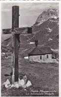 Kapelle Klausenpasshöhe Mit Schächentaler Windgälle (188) * 21. VI. 1958 - GL Glarus