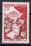 FRANCE 1954 - Y.T. N° 974 - NEUFS* - Neufs