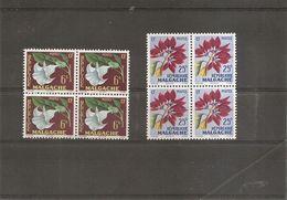 Madagascar - Fleurs ( 336/337 En Blocs De 4 XXX -MNH) - Madagascar (1960-...)
