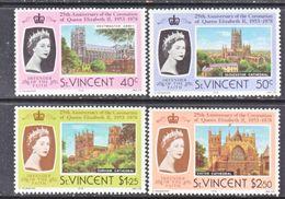 ST. VINCENT  528-31    **    Q.E. II  CORONATION  ANNIV. - St.Vincent (...-1979)