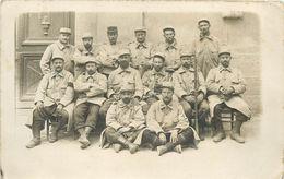 MILITAIRES Du 210em Régiment (carte Photo) - Regiments
