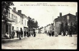 CPA ANCIENNE FRANCE- ST-PAUL-CAP-DE-JOUX (81)- PLACE DE LA RÉPUBLIQUE ET RUE JEANNE D'ARC- BELLE ANIMATION- PUB MURALE- - Saint Paul Cap De Joux
