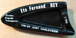 CENDRIER EN VERRE ETS FERNAND REY 38 ST JUST CHALEYSSIN GRAINS ENGRAIS TRANSPORTS - Ashtrays
