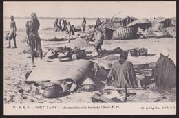 CPA   TSJAAD.  FORT LAMY. Un Marché Sur Les Bords Du Chari - Tchad