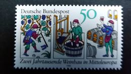"Deutschland BRD 1063 YT 909 **/mnh,  100 J. Weinbau: Holzschnitt Aus ""Rucelia Commoda"" V. Petrus De Crescentiis - Unused Stamps"