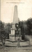 BOURGTHEROULDE LE MONUMENT - Bourgtheroulde