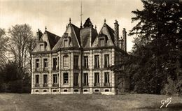 BOURGTHEROULDE  LE CHATEAU - Bourgtheroulde