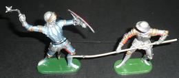 Lot 4 Soldats Plastique ELASTOLIN Germany Moyen-âge épée Lance Bouclier Lancier - Army