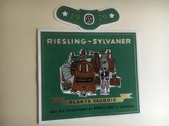 6336 - Riesling-Sylvaner 1979 Plants Vaudois  Bonvillars  Suisse 2 étiquettes  2 Tailles - Etiquettes