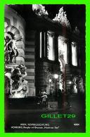 WIEN, AUSTRIA - FESTBELEUCHTUNG, HOFBURG, BURGTOR MIT BRENNEN MACHT ZUR SEE - ANIMATED - PAG - - Wien Mitte