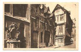 18 - ROUEN (La Douce France) Vieilles Maisons Dans La Rue St-Romain - (Edit. D'Art YVON) - Rouen