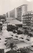 Alger - Monument Aux Morts Et Le Gouvernement Général - Alger