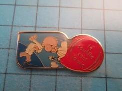 Pin510d Pin's Pins : BEAU ET RARE : BALLON LIBRE MONTGOLFIERE LE SOUFFLE C'EST LA VIE    , Marquage Au Dos : ------- - Airships