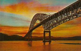 Republica De Panama, Panama, Puesta Del Sol Detras Del Puente De Las Americas, Sunset At  Thatcher Ferry Bridge - Panama