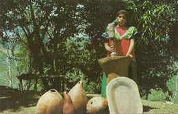 Republica De Panama, India Guaymi Pilando Arroz, Guaymi Indian Husking Rice - Panama
