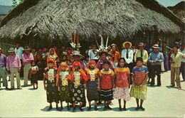 """Republica De Panama, Fiesta En El """"Dia De Los Indios"""" En Una Isla De San Blas, Festivities On The """"Day Of The Indians"""" - Panama"""