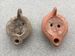 Lot De 2 Lampes à Huile Romaines Du 3-4 Eme Siecle - Archéologie