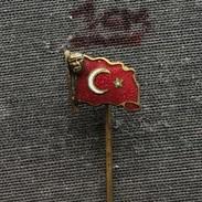 Badge (Pin) ZN006238 - Turkey (Turska) Flag (Drapeau / Bandera) Mustafa Kemal Atatürk - Celebrities