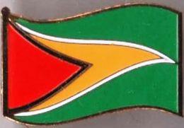 Pin / Badge Flag Guyana - Badges