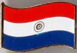 Pin / Badge Flag Paraguay - Badges