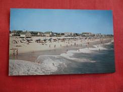 - Maryland > Ocean City Surf Scene  Ref 2789 - Ocean City