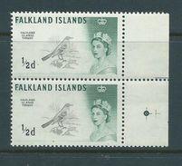Falkland Islands 1960 Bird Definitives 1/2d Thrush Watermark Sideways MNH Marginal Pair - Falkland Islands
