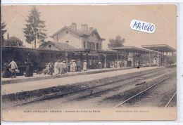 PORT D ATELIER-AMANCE- LA GARE- ARRIVEE DU TRAIN DE PARIS - France