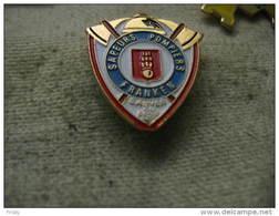 Pin's Des Sapeurs Pompiers De La Commune De FRANKEN (Dépt 68).  Sauver Ou Périr - Firemen