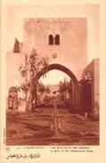 CPA Maroc Casablanca Une Porte De La Ville Indigène (animée) M252 - Casablanca