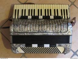 ACCORDEON WELTMEISTER - KLINGENTHALER HARMONIKAWERKE - AKKORDEON - Musical Instruments