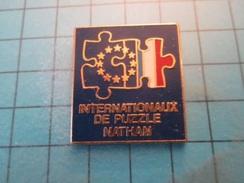 Pin510e Pin's Pins : Rare Et Belle Qualité :  INTERNATIONAUX DE PUZZLE NATHAN   , Marquage Au Dos : - ----- - - Games