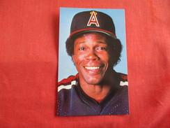Bbaseball Rod Carew  California Angels    Ref 2790 - Baseball