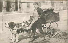 Un Marchand De Légumes  (charrette à Chiens) - Francia
