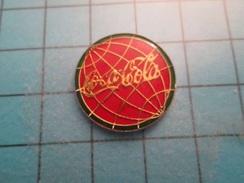 Pin510a Pin's Pins / Beau Et Rare : COCA-COLA GLOBE TERRESTRE - Coca-Cola