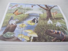 Dominica Fauna Animals Butterflies Birds Reptiles - Dominica (1978-...)