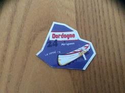 """Magnet Département LE GAULOIS """"24 DORDOGNE"""" (canoé) - Magnets"""