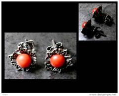 Anciennes Boucles D'oreille Transylvaniennes En Argent Et Corail/ Old Silver And Coral Transylvanian Earrings - Boucles D'oreilles