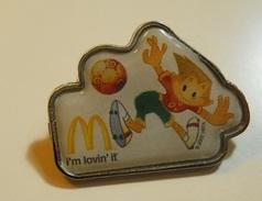 PIN * UEFA 2002 - Badges