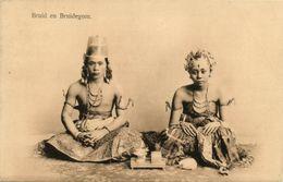 Indonesia, JAVA, Native Bride And Groom, Necklace Jewelry (1910s) Postcard - Indonesië