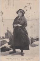 Bl - Cpa Femme De L'Ile De SEIN - CMCB N° 93 - Coutumes Moeurs Et Costumes Bretons - Ile De Sein