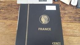 LOT 381749 ALBUM TIMBRE DE FRANCE NEUF**:* OBLITERE PORT A 10 EUROS - Stamps