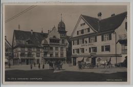 Dornbirn - Marktplatz, Gasthof Zum Hirschen, Belebt - Photo: C. Risch-Lau - Dornbirn