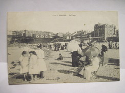 CPA  DINARD La Plage Animée Début 1900 T.B.E. - Dinard