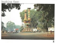 BURKINA FASO - OUAGADOUGOU - Place Des Cinéastes à L'heure Du FESPACO 93. Festival Du Cinéma ............ - Burkina Faso