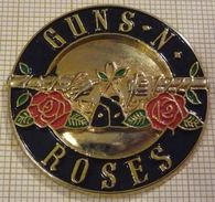 GUNS N ROSES  GROUPE DE HARD ROCK AMERICAIN - Music