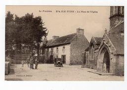Jan18    2980779   Ile Tudy   La Place De L'église - Ile Tudy