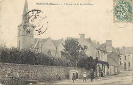 -dpts Div.-ref-WW694- Mayenne - Martigne - L Eglise Vue Du Bas Du Bourg - Voir Etat - - Altri Comuni