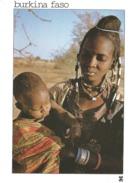 BURKINA FASO - TIN-AGADEL - Maternité Warawara Dans La Lumière Adoucie Du Soir - Femme - Africaine - Enfant - Burkina Faso
