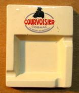 CENDRIER COURVOISIER COGNAC THE BRANDY OF NAPOLEON / DIGOIN & SARREGUEMINES - Ashtrays